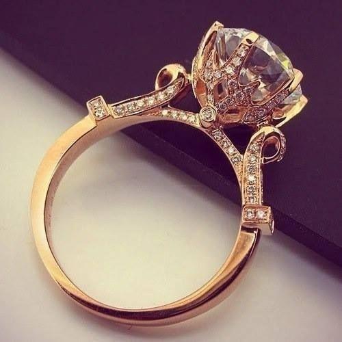 10 แบบแหวนแต่งงานแนววินเทจ สุดประทับใจ