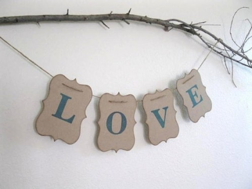 24-Ways-To-Use-Kraft-Paper-In-Your-Wedding15-500x375