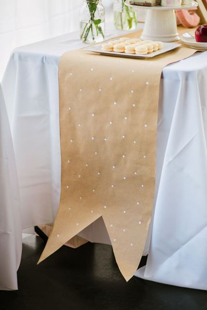 24-Ways-To-Use-Kraft-Paper-In-Your-Wedding21