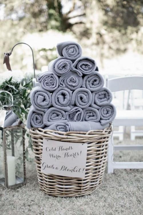 25-enchanting-winter-wedding-ideas-in-grey-shades-14-500x749