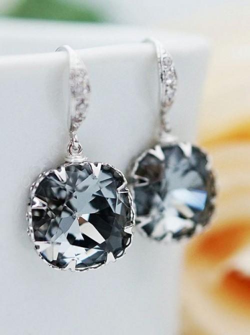 25-enchanting-winter-wedding-ideas-in-grey-shades-24-500x670