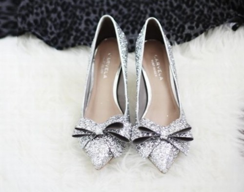 25-enchanting-winter-wedding-ideas-in-grey-shades-5-500x393