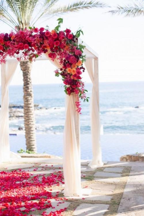34-awesome-tropical-wedding-ceremony-ideas-1-500x750