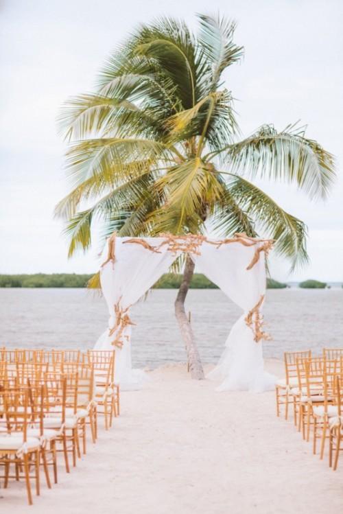 34-awesome-tropical-wedding-ceremony-ideas-2-500x749