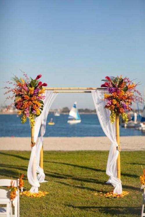 34-awesome-tropical-wedding-ceremony-ideas-22-500x750
