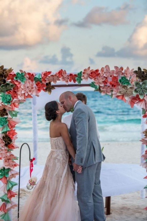 34-awesome-tropical-wedding-ceremony-ideas-30-500x750