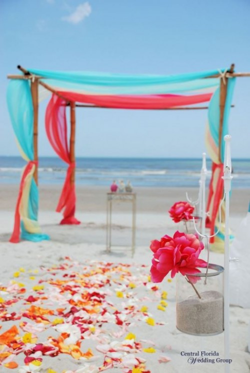 34-awesome-tropical-wedding-ceremony-ideas-5-500x746