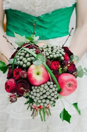 Apple-Decor-Wedding-Bouquet-297x450