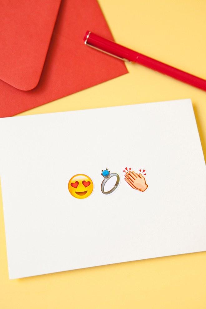 DIY-Emoji-Wedding-Cards_0010