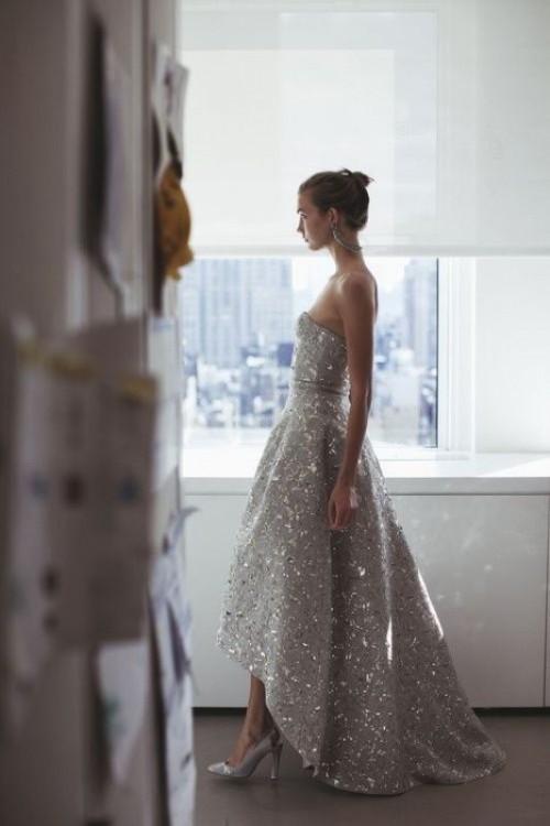 25-enchanting-winter-wedding-ideas-in-grey-shades-12-500x750
