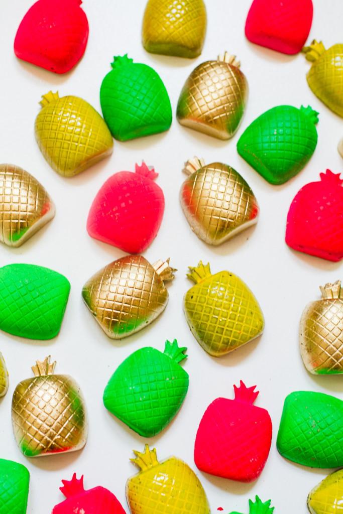 DIY-Fridge-magnet-favors-favours-pineapples-tutti-frutti