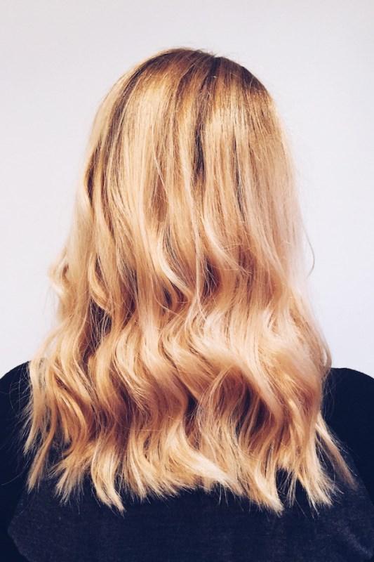 timelessly-elegant-diy-hair-updo-for-a-bride-2