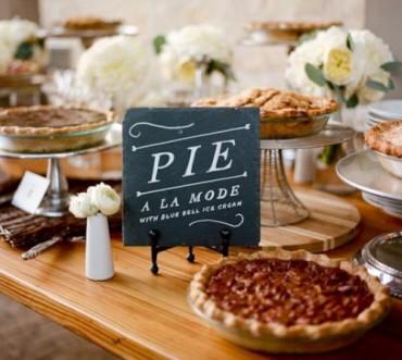 Pie Bar เสิร์ฟพายเป็นของหวานในงานแต่งงาน