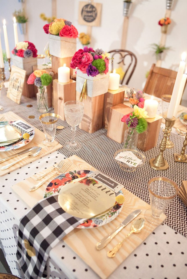 15-spring-bridal-shower-wood-accents-645x965
