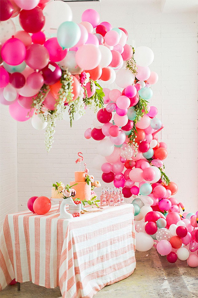 16-spring-bridal-shower-balloon-arch-645x967